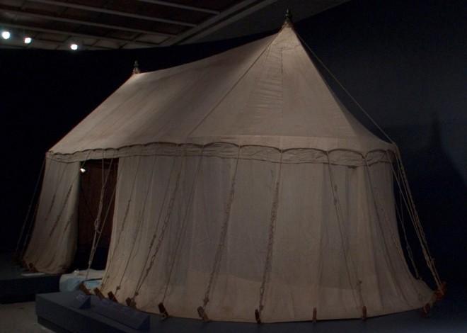 """Foto: Ausstellungsansicht """"Imperial Austria"""", Cleveland Museum of Art, 2007; UMJ/N. Lackner"""