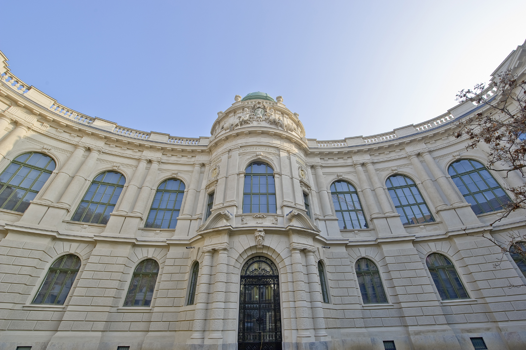 Im Museumsgebäude 'Neutorgasse' war die Kulturhistorische Sammlung anfangs zu Hause. Heute ist das Gebäude Teil des Joanneumsviertels und beheimatet die Neue Galerie Graz. Foto: N. Lackner
