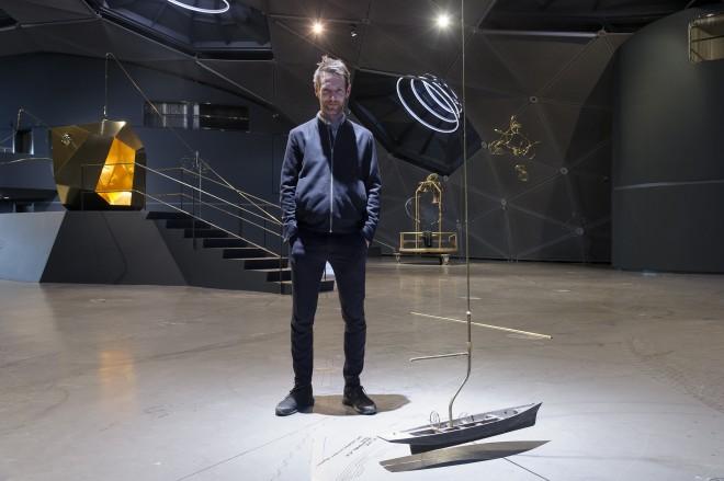 Constantin Luser in der Ausstellung im Kunsthaus Graz, Foto: Universalmuseum Joanneum/N. Lackner