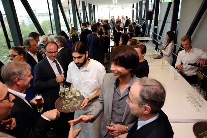 Beim Fundraisingdinner 2014 unterhielt man sich angeregt über Kunst und Kultur. / Foto: Universalmuseum Joanneum, J.J. Kucek