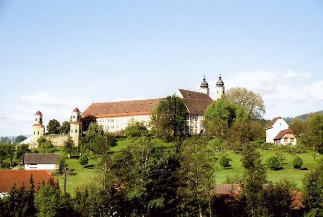 Das Schloss Stainz ist eines von drei Schlössern mit einem umfangreichen Kulturprogramm im Grünen, Foto: Krenn/Universalmuseum Joanneum