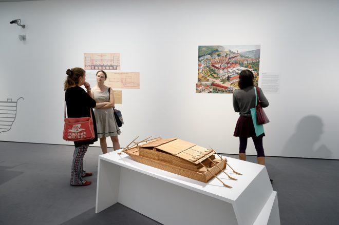 Die Mur, Ausstellungsansicht, Foto: N. Lackner/Universalmuseum Joanneum
