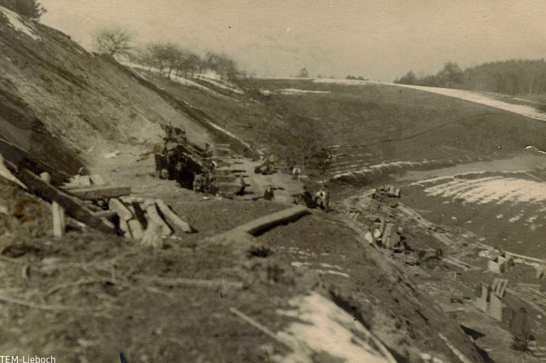 unbekannter Fotograf, Unglück beim Bau der Gleichenberger Bahn, 1927, TEM Lieboch