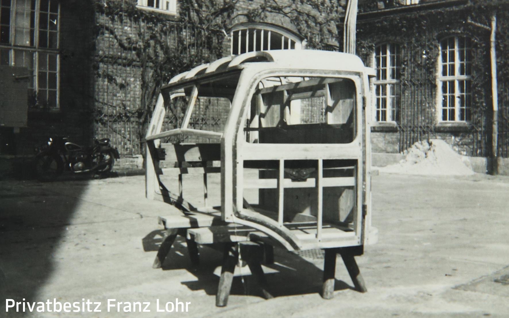 Wagnerarbeit: Führerhaus aus Holz für einen LKW,