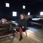 Birgit Johler in der berühmten Rauchstube, die auch in der neuen Ausstellung wieder ihren Platz finden wird.