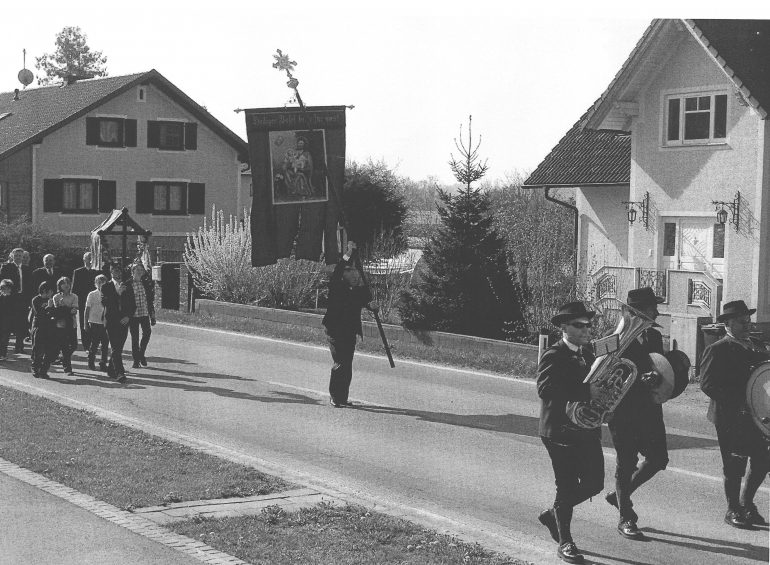 Schwarz-Weiß-Foto: Maschtasingen