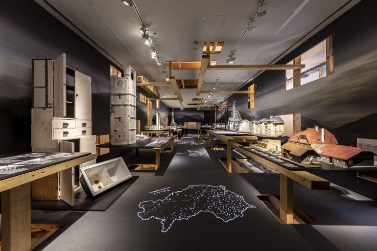 """Ausstellungsansicht """"was war"""" im Museum für Geschichte, Foto: Universalmuseum Joanneum/J.J. Kucek"""