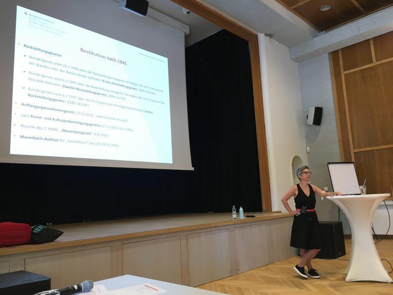 Vortrag zu Provenienzforschung von Monika Löscher, Foto: UMJ/ E. Schlögl