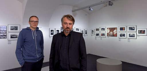 Das Kuratorenduo Christoph Pietrucha (l.) und Max Wegscheidler (r.),