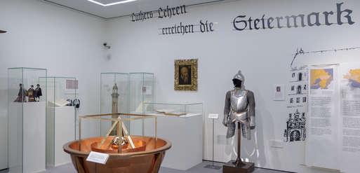 """Ausstellungsansicht """"Ein Hammerschlag ..."""", 2017,"""