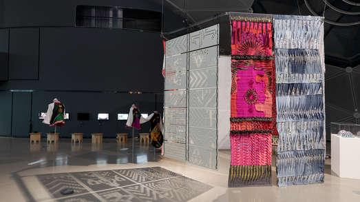 Werke von Azra Akšamija, Foto: Universalmuseum Joanneum/N. Lackner