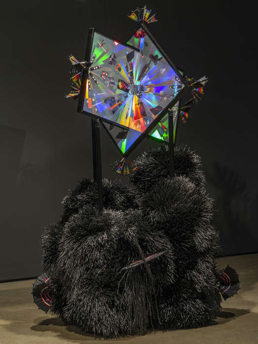 """Ausstellungsansicht """"Triple Vita Nestings"""", Institute of Modern Art, Brisbane, Australien, 2018, Courtesy kurimanzutto, Mexico City / New York, Foto: Carl Warner"""