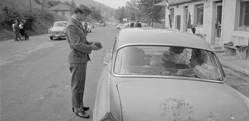 Zollkontrolle am Grenzübergang Spielfeld, 1965,